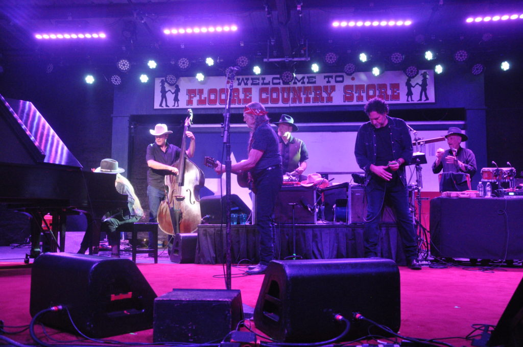 Willie Nelson U0026 Family At John T. Floore Country Store (Oct 7, 2017)